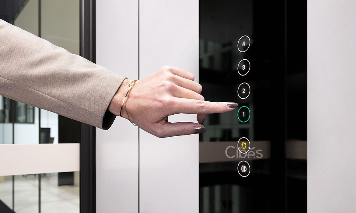 cabin-lift-touch-screen-control-panel-close-up-1170×700-1-1